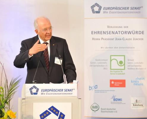 Prof. Dr. Dres. h.c. Paul Kirchhof, Bundesverfassungsrichter a.D., Direktor des Instituts für Finanz- und Steuerrecht der Universität Heidelberg