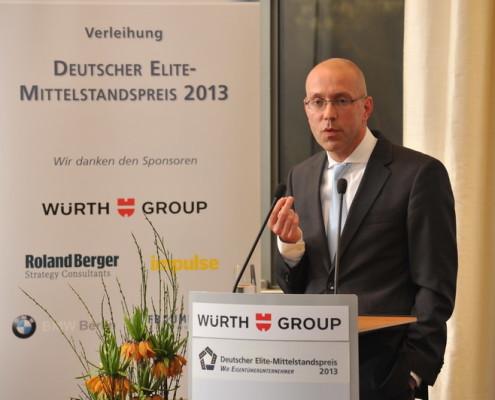 Jörg Asmussen, Direktoriumsmitglied der Europäischen Zentralbank, erläuterte den Gästen in einer kurzen dinner speech die Politik der EZB in der anhaltenden Finanzkrise.