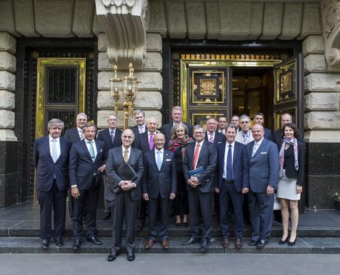 Die Teilnehmer des Treffens